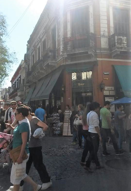 Esquina na Feira de San Telmo - Buenos Aires